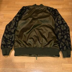 ce62d1138899 Jordan Jackets   Coats - Air Jordan L green flight bomber Camo jacket